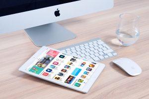 Wir bieten Apple Zubehör wie Tisch- und Bodenständer, Leinensicherung uvm. mieten